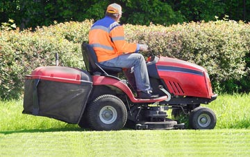 Hertfordshire lawn mowing costs